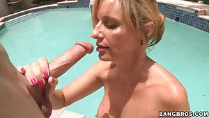 Busty blonde milf Jodi West sucks a obese dick apart from the pool