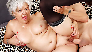 Libidinous Grandma Kelly Leigh Takes His Long Flannel Hard plus Deep