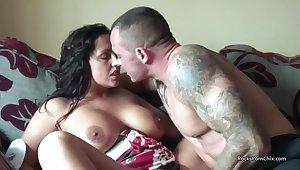 Hardcore Fucking With A Fat Boobed British MILF - HD homemade with cumshot