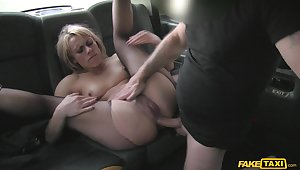 Amazing fucking in the close by be required of the taxi forth downcast Brittany Bardot