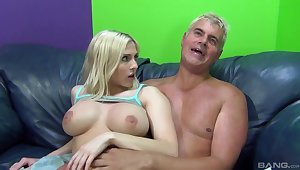 Charming blondie Christie Stevens opens the brush legs to loathing fucked